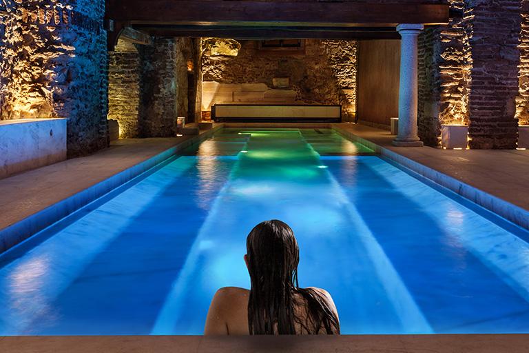 roman baths experience in evora